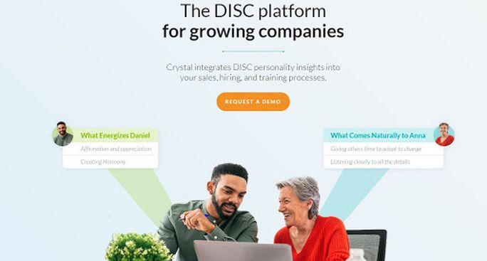 LinkedIn marketing tool - Crystal