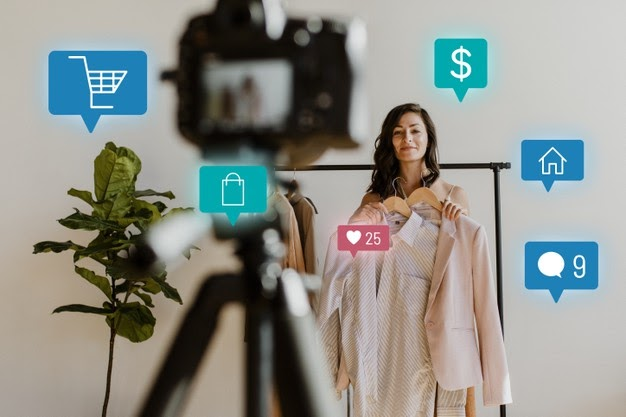 woman-live-streaming-online-shopping